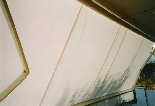 Toldos de brazos extensibles o articulados en madrid majadahonda for Brazos para toldos llaza