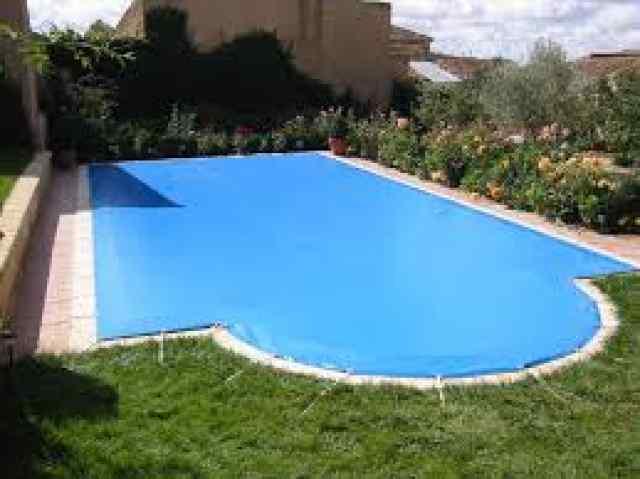 Lonas para piscinas en madrid majadahonda for Piscinas diferentes en madrid